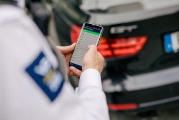 parkeringsvakt-bevakar-parkering-parkeringsbevakning-parkeringsövervakning